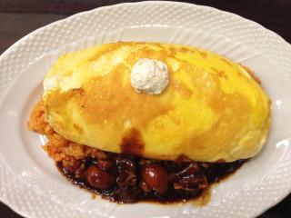 サロン 卵と私 スフレ卵のオムライス