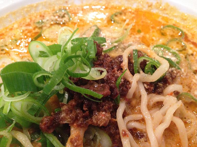 紅虎餃子房 白胡麻担々麺