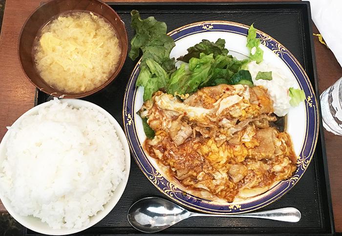 POT-HOT 豚バラ肉のトロトロ玉子いため定食