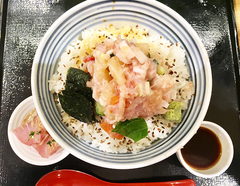 日本橋つじ半 広島レクト店 海鮮丼(梅)