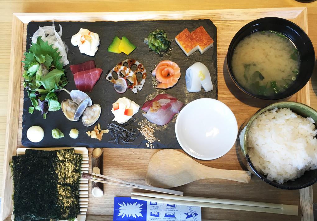 にぎり座 手織り寿司