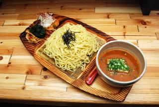 麺場 神徳 関東魚介豚骨つけ麺